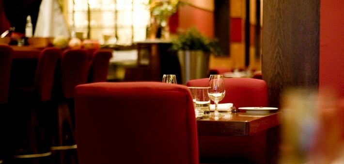 30$ for a 3 course meal for 2 persons at Bistro Cocagne (60$ value)